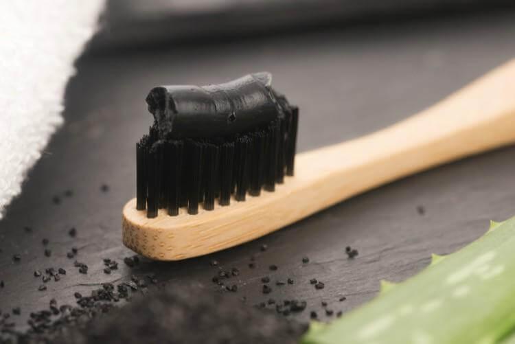 charcoal houtskool actieve koolstof